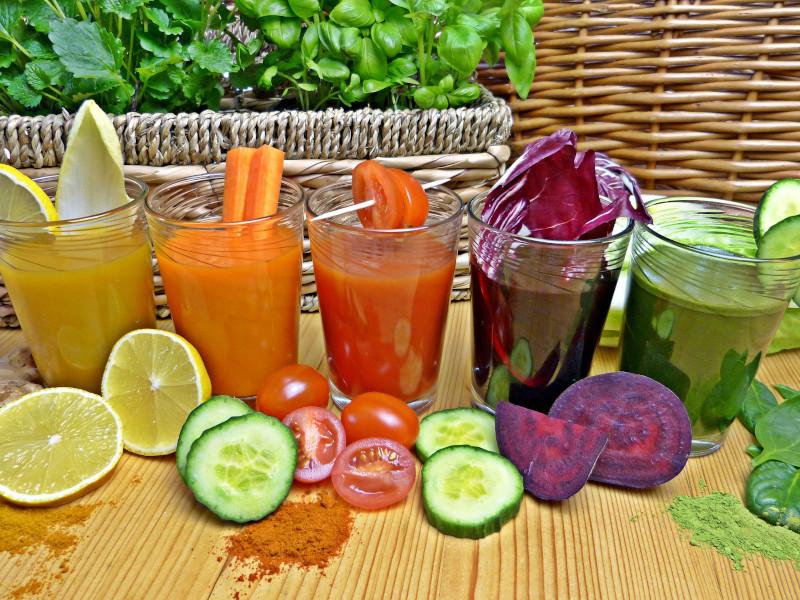 Gesunde Säfte aus Obst und Gemüse