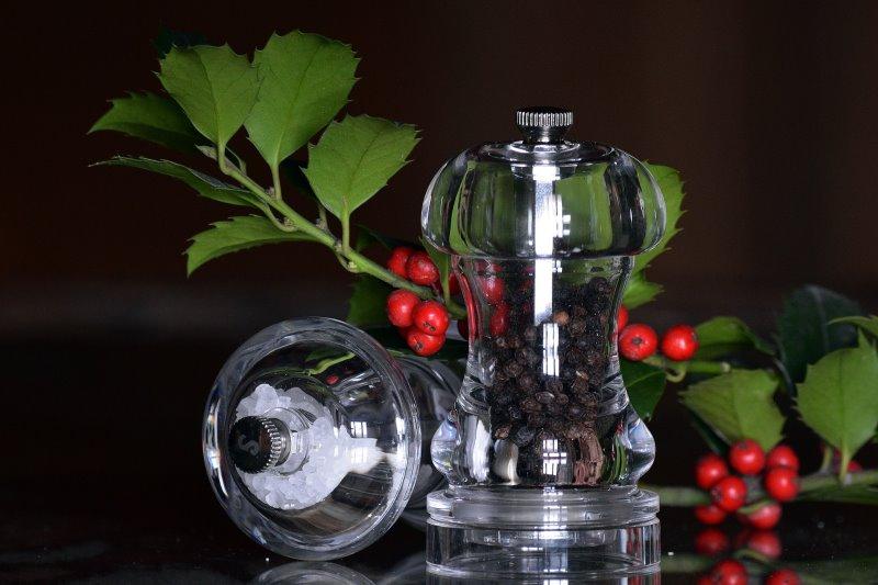 Salz- und Pfeffermühlen aus Glas